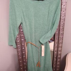 Textured light green dress